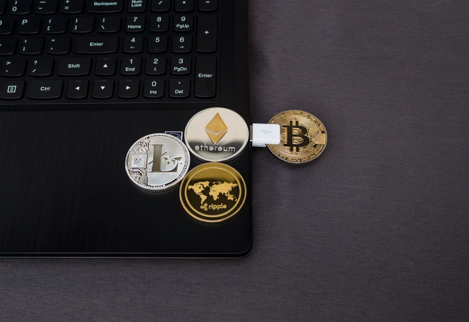 Bitcoin, Ethereum, Litecoin, Ripple and USB connected device