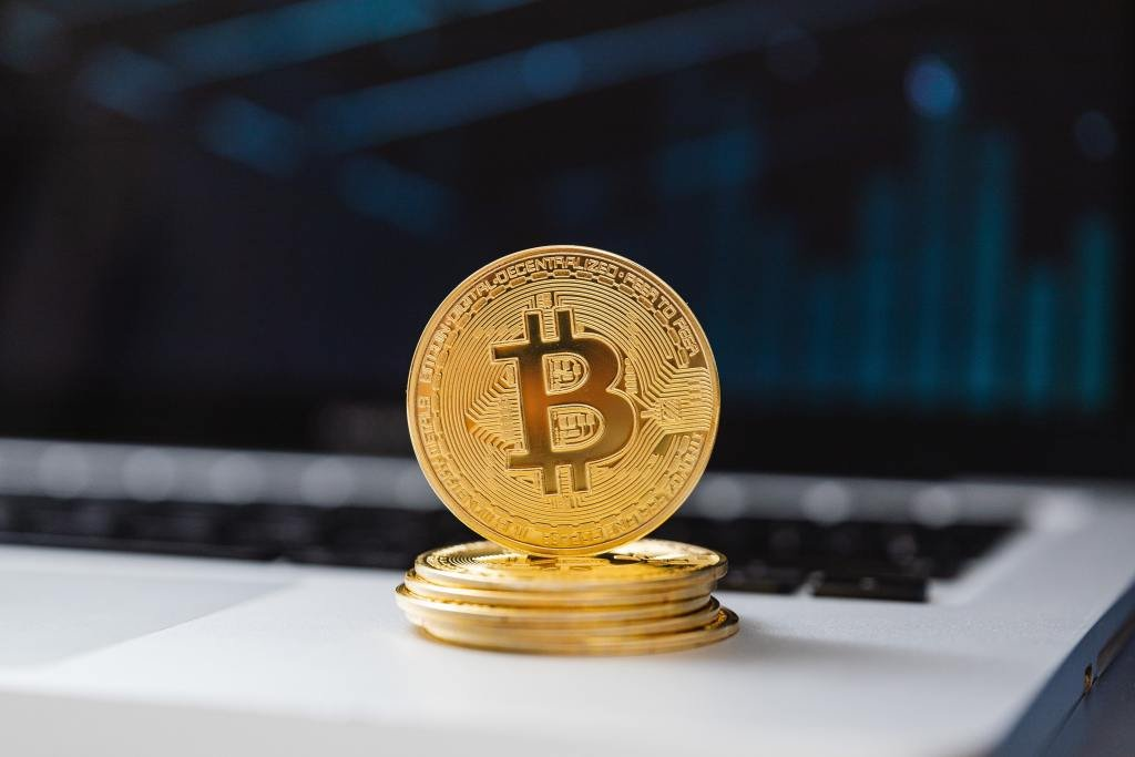 Instant buy, sell and exchange Bitcoin, Ethereum and other cryptocurrencies.